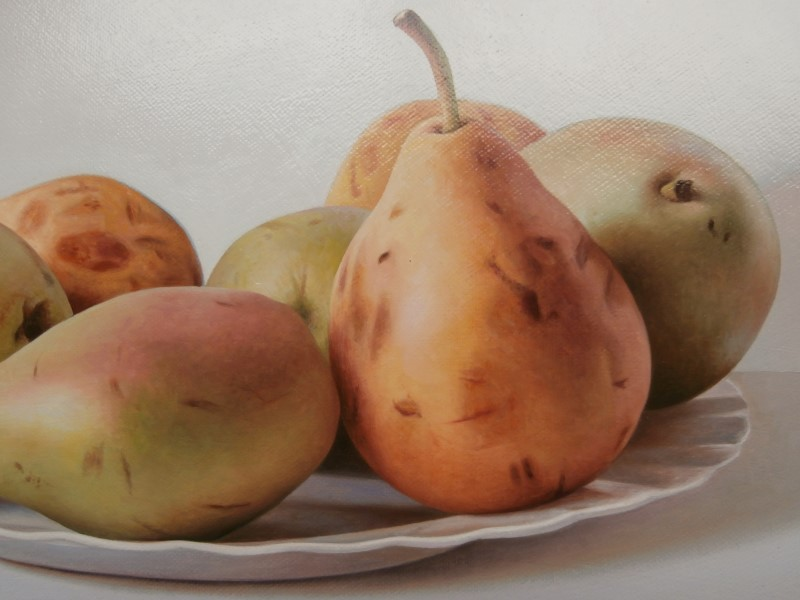 Pears on Plate detail