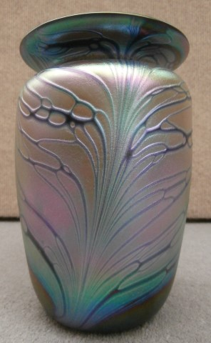 Butterfly vase with purple rim